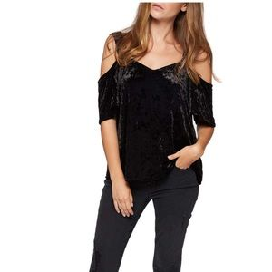 Sanctuary Crushed Velvet Off the Shoulder Top L